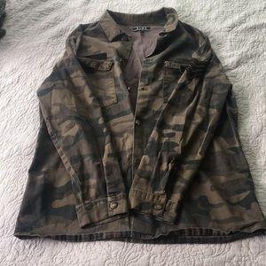 Elwood Camo Jacket